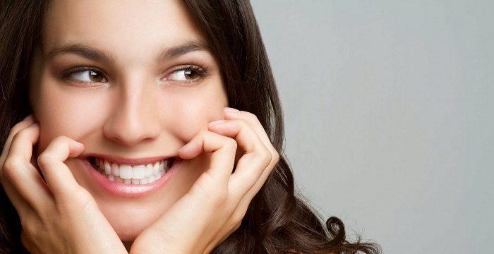 Tại sao trồng răng giả được ưa chuộng nhất hiện nay?