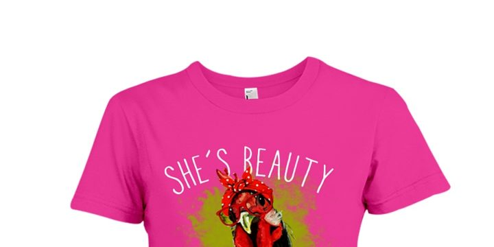 Chicken She's Beauty She's Grace She'll Peck You in The Face shirt